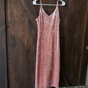 NWT Moon River Velvet Midi Dress